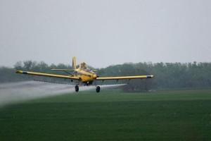 растителна защита със самолет